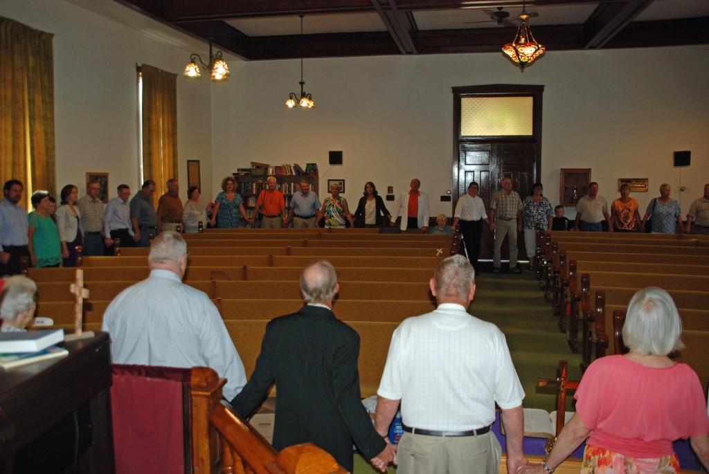 Church service circle